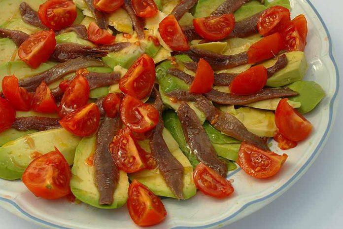 Receta de aguacate con anchoas fácil y rápida