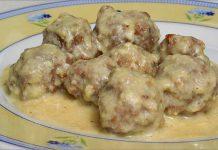 Receta de albóndigas en salsa de leche fácil y rápida