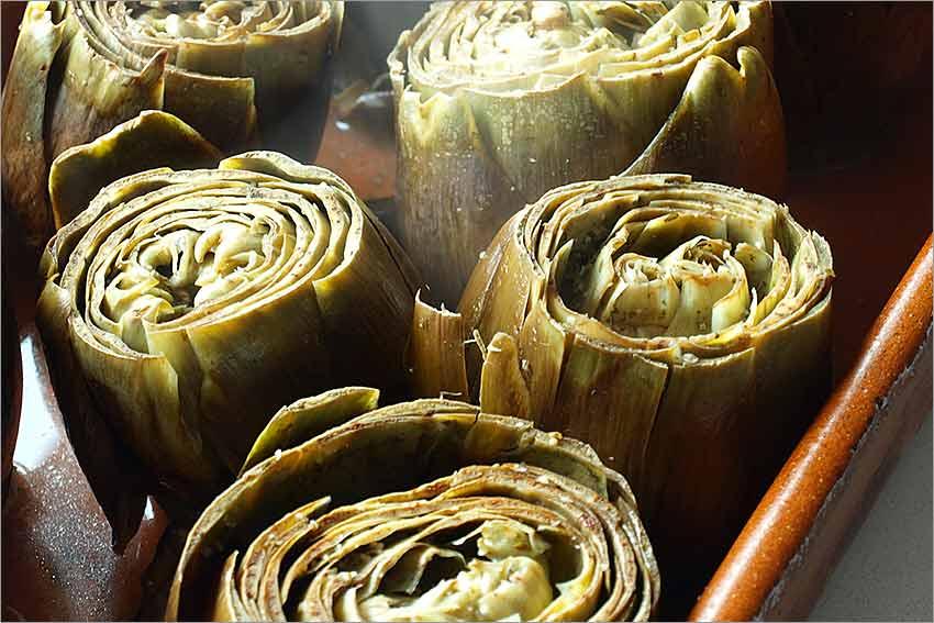 Alcachofas al ajo y perejil