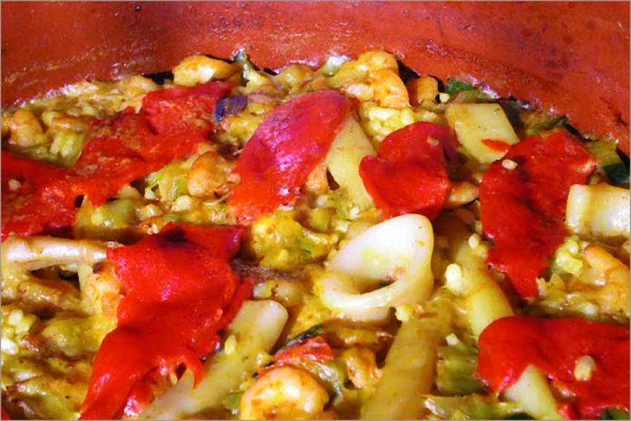Receta de arroz con calamares y gambas fácil y rápida