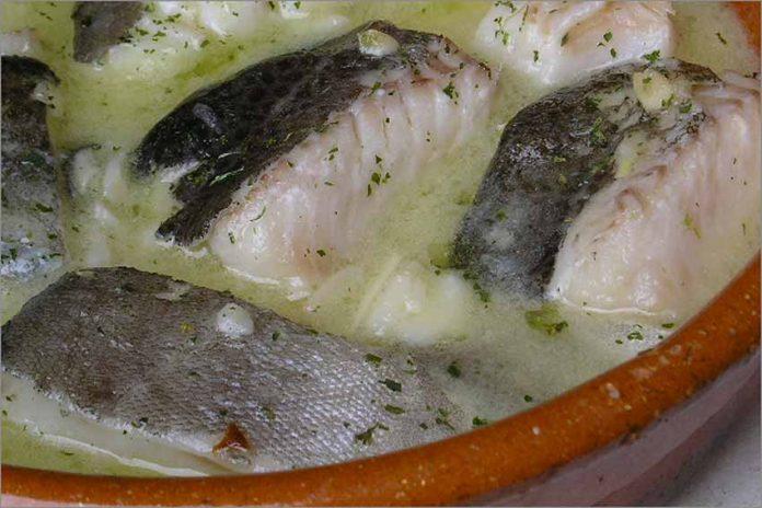Receta de bacalao al pil-pil ligero fácil y rápida