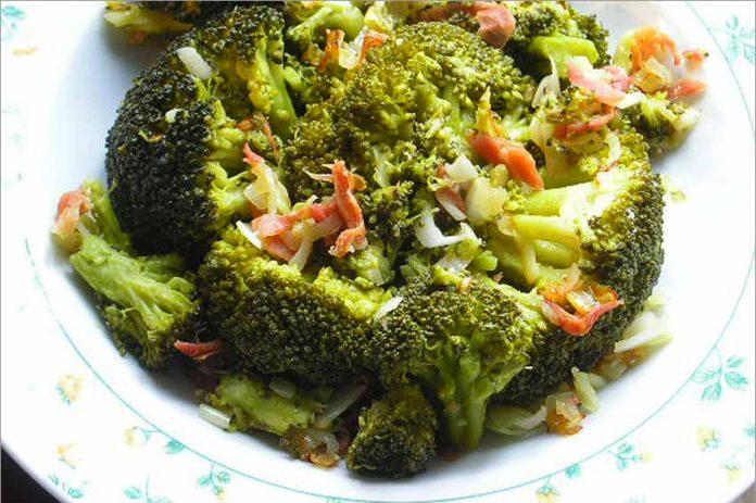 Receta de brócoli con jamón fácil y rápida