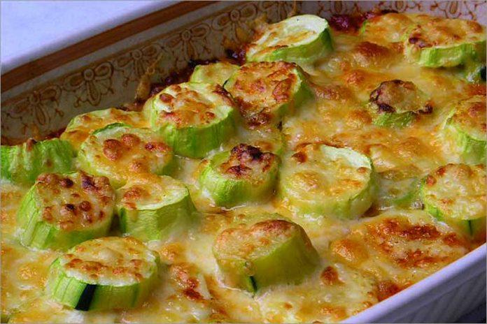 Receta de calabacines con tomate y queso fácil y rápida