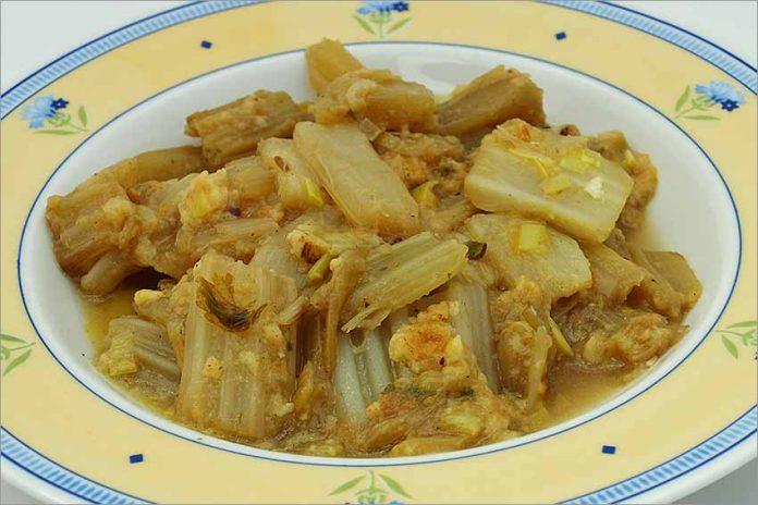 Receta de cardo en salsa de ajo fácil y rápida
