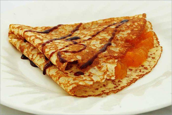 Receta de crepes con mermelada fácil y rápida