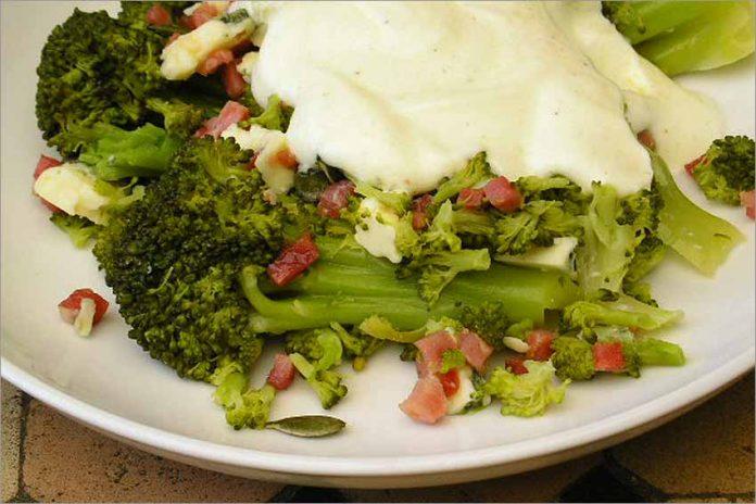 Receta de ensalada de brócoli fácil y rápida