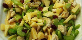 Receta de ensalada de pollo, manzana y apio fácil y rápida