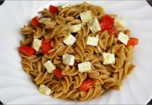 Receta de ensalada de pasta con tofu fácil y rápida