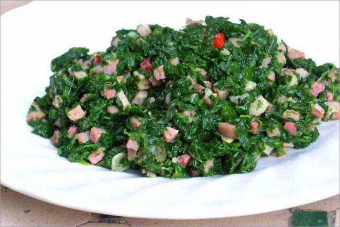 Receta de espinacas rehogadas con jamón fácil y rápida