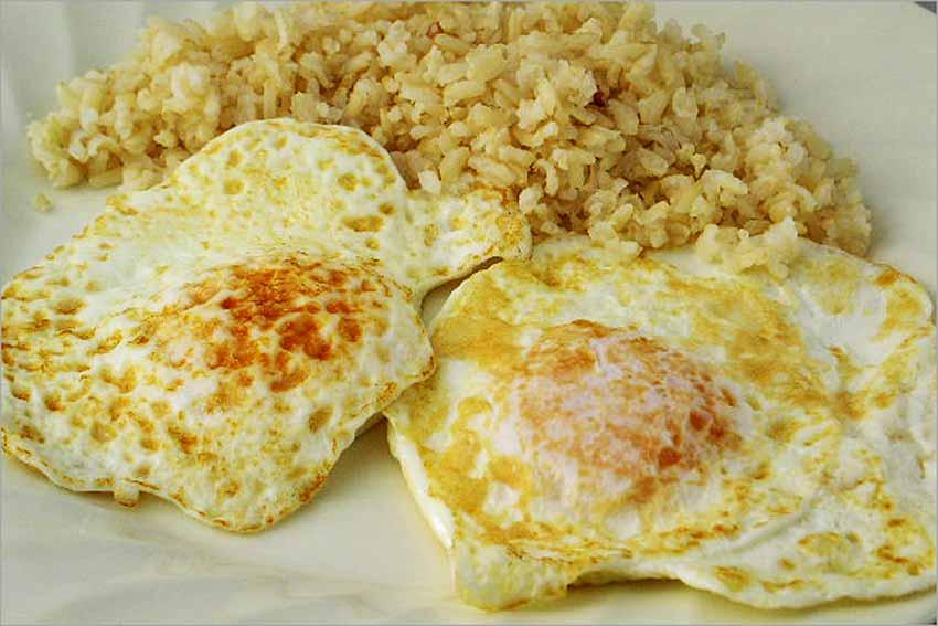 calorias yema huevo a la plancha