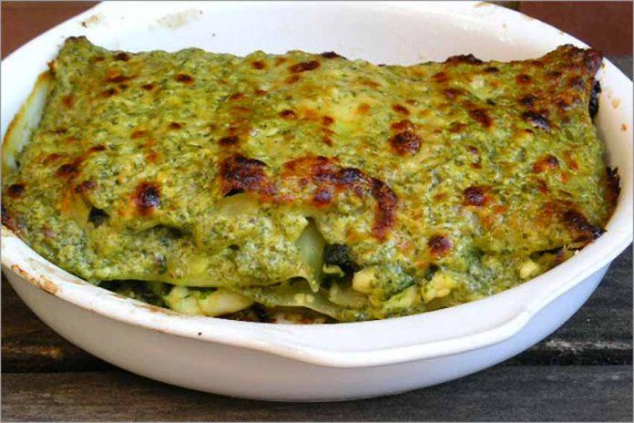 Receta de lasaña de espinacas, queso y piña fácil y rápida