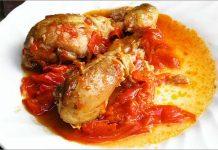 Receta de muslitos de pollo con pimientos fácil y rápida