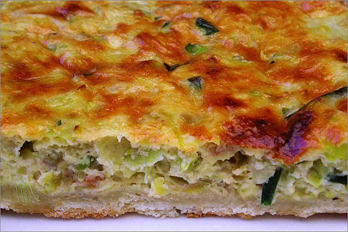 Receta de pastel de calabacín, puerro y cebollino fácil y rápida