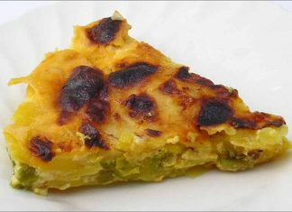 Receta de patatas con puerro y pimiento al horno fácil y rápida