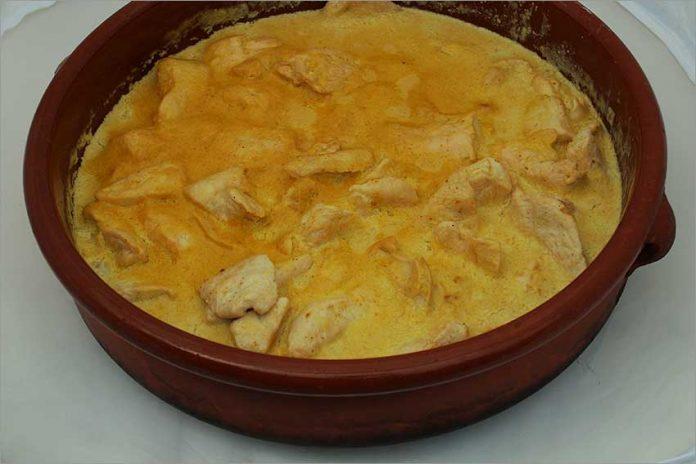 Receta de pollo al curry fácil y rápida