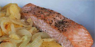 Receta de salmón al horno con patatas fácil y rápida