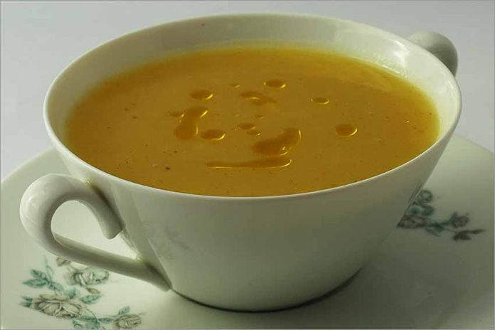 Receta de sopa de patata fácil y rápida