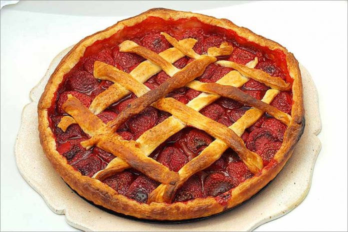 Receta de tarta de fresas sencilla fácil y rápida