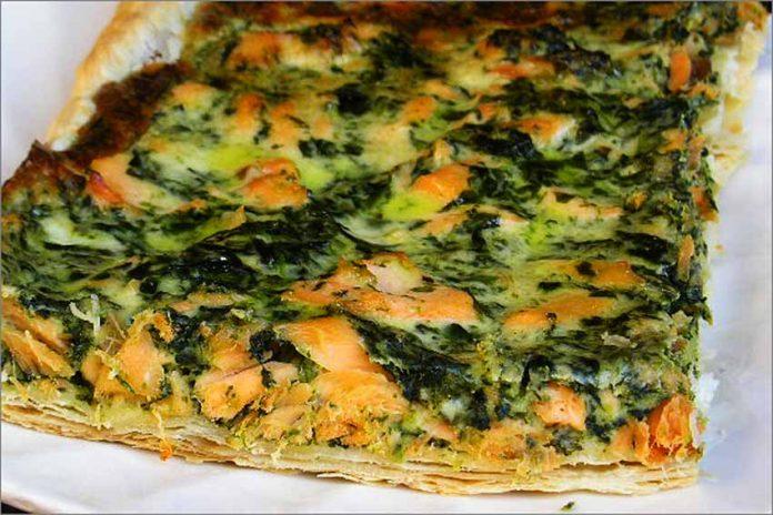 Receta de tarta de espinacas y salmón fácil y rápida