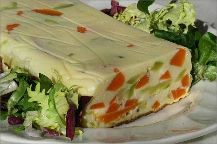 Receta de terrina de hortalizas y queso de cabra fácil y rápida